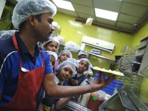 Domino's Pizza, Pizza making training 18-12-18